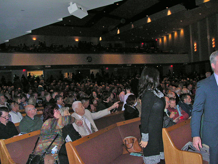 loma-linda-crowd2