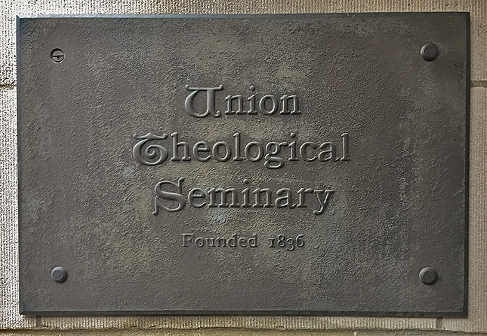 UTS-plaque-post (1)
